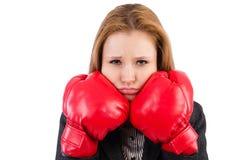 Frauengeschäftsfrau mit Boxhandschuhen Lizenzfreie Stockbilder