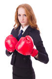 Frauengeschäftsfrau mit Boxhandschuhen Lizenzfreie Stockfotos