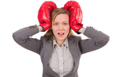 Frauengeschäftsfrau mit Boxhandschuhen Lizenzfreies Stockbild