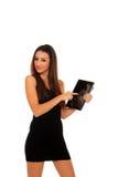 Frauenholding in der Hand eine Tablettenotenauflage Lizenzfreies Stockfoto