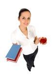 Frauenholdingbücher lizenzfreie stockbilder