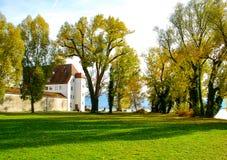 Fraueninsel przy Chiemsee jeziorem w spadku Fotografia Stock
