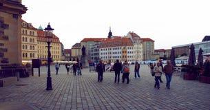Frauenkirche fyrkant av Dresden Arkivbilder