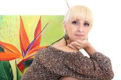 Frauenmaler mit Abbildung über Weiß Lizenzfreie Stockfotos