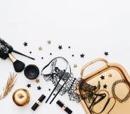 Frauenmode-Hintergrundkonzept Blogger-Ebenenlage, Stockfotos