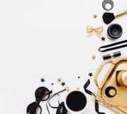 Frauenmode-Hintergrundkonzept Blogger-Ebenenlage, Lizenzfreie Stockbilder