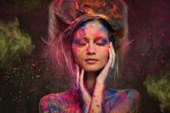 Frauenmuse mit Körperkunst Lizenzfreies Stockfoto