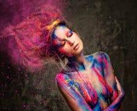 Frauenmuse mit Körperkunst Lizenzfreies Stockbild