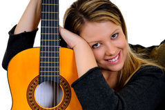 Frauenmusikgitarre lizenzfreie stockfotos
