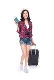 Frauenreise Junger schöner asiatischer Frauenreisender mit Koffer Lizenzfreie Stockfotografie