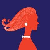 Frauenschattenbild mit dem gelockten Haar Lizenzfreies Stockbild