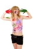 Frauenspiel mit Farben Lizenzfreies Stockfoto