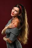 Frauenstudioporträt Lizenzfreie Stockfotos