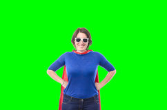 Frauensuperheld mit dem roten Kap, lokalisiert Lizenzfreie Stockfotografie