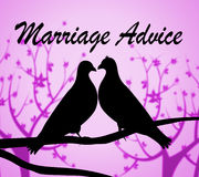 Förbindelserådgivning föreställer rådgivarehjälp och par Arkivfoton