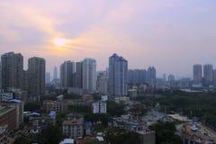 Förbise den xiamen staden på skymning Arkivbilder