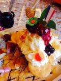 Früchte mit Eiscremefoto Lizenzfreies Stockbild