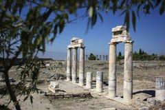 Fördärvar av forntida stad av Hierapolis Turkiet Royaltyfri Bild