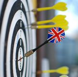 Freccia del gioco dei dardi Fotografia Stock