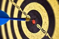 Freccia ed obiettivo fotografie stock libere da diritti