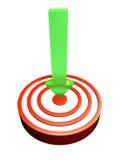 Freccia verde che colpisce l'occhio di tori Immagini Stock Libere da Diritti