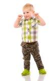 Frecher blonder kleiner Junge kurz gesagt und Hemd Lizenzfreie Stockfotografie