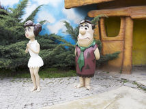Fred Flintstone und Wilma Flintstone stockfotos