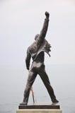 Freddie Mercury-standbeeld op de kust van het meer van Genève Stock Afbeelding