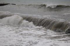 Freddo del maltempo del mare di inverno di Mar Nero della tempesta Fotografia Stock