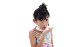 Freddo di influenza o sintomo di allergia Giovane asiatico malato Fotografia Stock Libera da Diritti