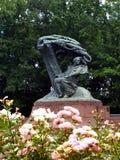Frederic Chopin Monument στη Βαρσοβία, η πρωτεύουσα της Πολωνίας στοκ φωτογραφία με δικαίωμα ελεύθερης χρήσης
