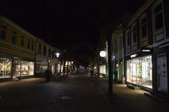 Frederikshavn in Denemarken bij nacht Stock Afbeelding