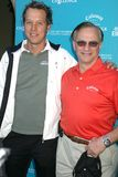 Fredrik Jacobsen und George-Gefährten an der Callaway Golf-Grundlagen-Herausforderung, die Unterhaltungsindustrie-Grundlagen-Krebs Lizenzfreie Stockfotografie