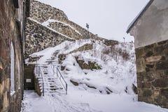 Fredriksten堡垒,东部Curtine墙壁(冬天场面) 图库摄影
