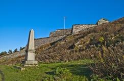 Fredriksten堡垒, tønne huitfeldt的纪念碑 图库摄影