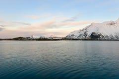 Fredvangbruggen - Lofoten-Eilanden, Noorwegen royalty-vrije stock afbeeldingen
