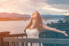 Free happy young woman enjoying nature Royalty Free Stock Photos