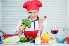 Free healthy vegetarian and vegan recipes. How to cook broccoli. Turn broccoli into favorite ingredient. Raw food diet. Broccoli nutrition value. Woman stock photo