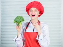 Free healthy vegetarian and vegan recipes. Turn broccoli into favorite ingredient. How to cook broccoli. Raw food diet. Broccoli nutrition value. Woman stock images