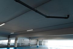 Free vacant parking lot space in a Shopping centre multi story car park stock photography
