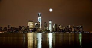 Freedom Tower bajo construcción en el Lower Manhattan Foto de archivo libre de regalías