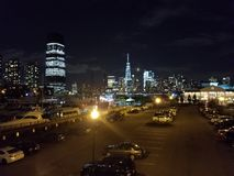 Freedom Tower en la noche Foto de archivo libre de regalías