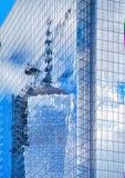 Freedom Tower NYC reflexionsabstrakt begrepp Arkivbilder