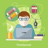 Freelancer copywriter, journalist på datoren royaltyfri illustrationer