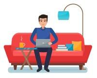 Freelancer mężczyzna z komputerem na kanapie w domu ilustracja wektor