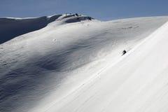 Freeride do esqui nas montanhas altas Fotos de Stock Royalty Free