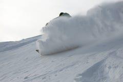 Freeride do Snowboard nas montanhas altas fotos de stock royalty free