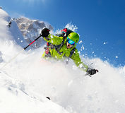 Freeride narciarka na piste biegać zjazdowy Fotografia Royalty Free