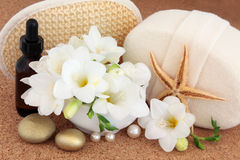 Freesia Flower Spa Behandeling Royalty-vrije Stock Afbeelding