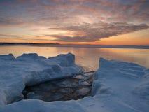 Free Freezing Sea Shore In The Romantic Evening Light Stock Photos - 14211833